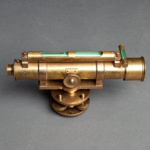 antique theodolite 3