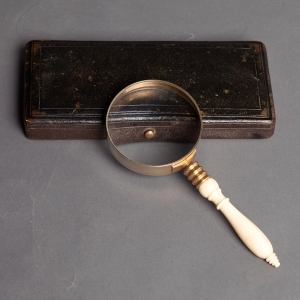 Antique magnifying glass ivory handle 1