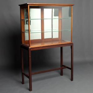 antique-display-cabinet-1