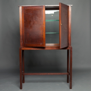 antique-display-cabinet-3