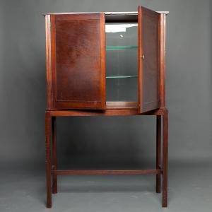 antique-display-cabinet-3