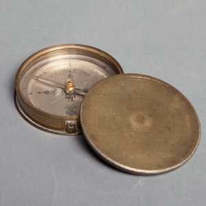 antique-compass-dudley-adams-2