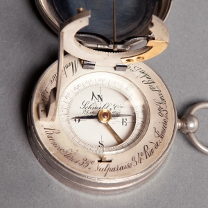 antique-equinoctial-pocket-compass-sundial-7