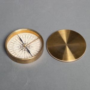 antique-pocket-compass-2