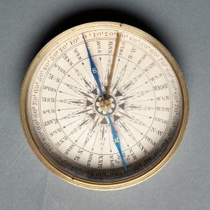 antique-pocket-compass-5