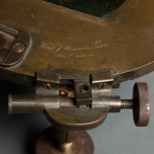 antique-theodolite-2