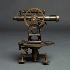 antique-theodolite